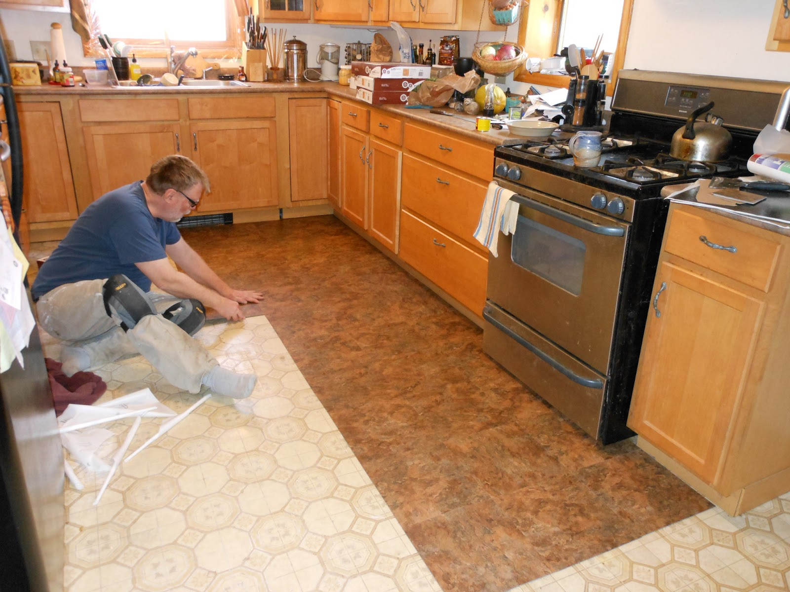 Buy Kitchen Vinyl Flooring In Dubai, ParquetFlooring.ae
